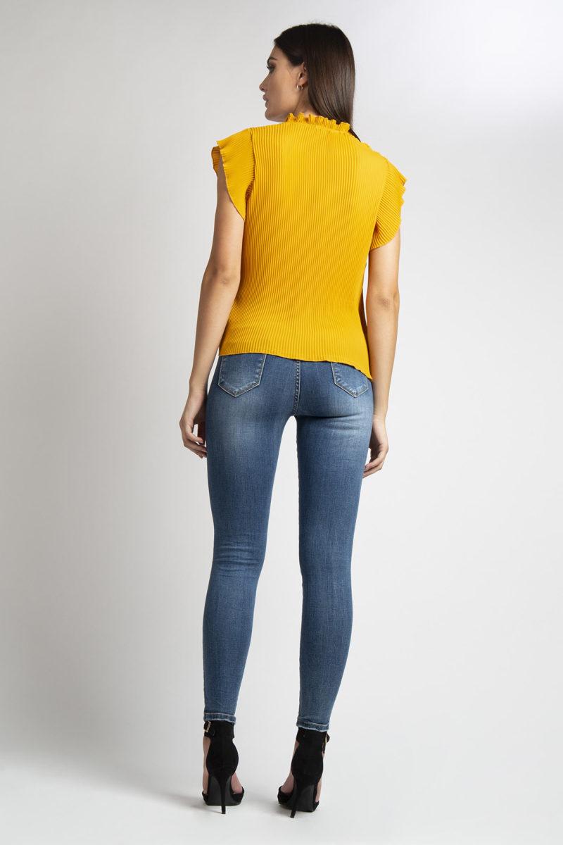Camicia girocollo plisse' mezza manica L36-4