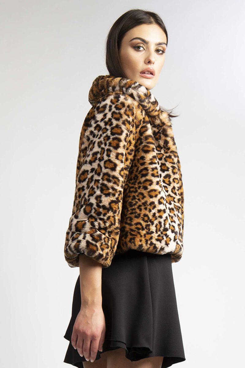 Giacca in ecopelliccia leopardata animalier un bottone L7-4